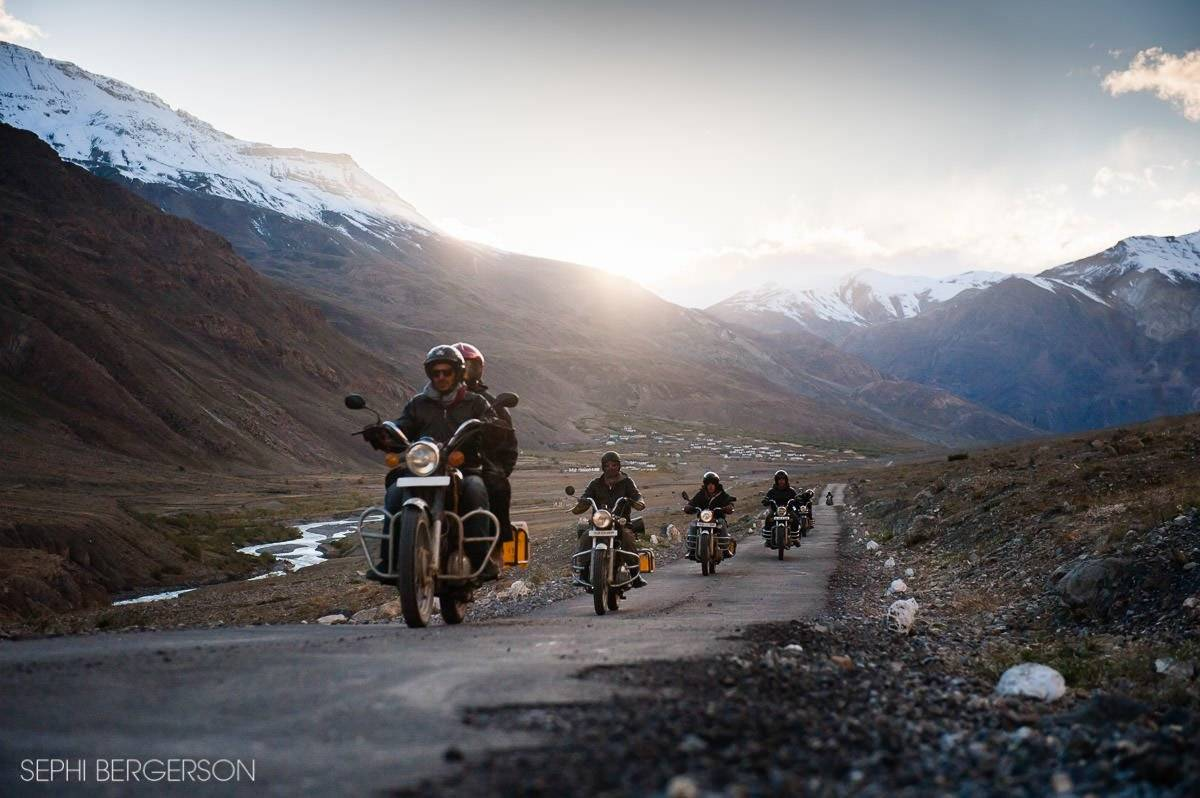 royal-enfield-motorcycle-spiti-valley